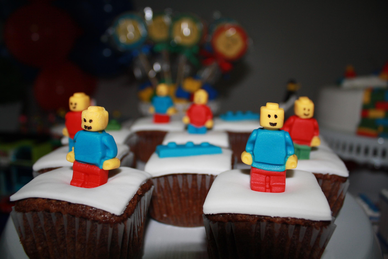 Lego-b