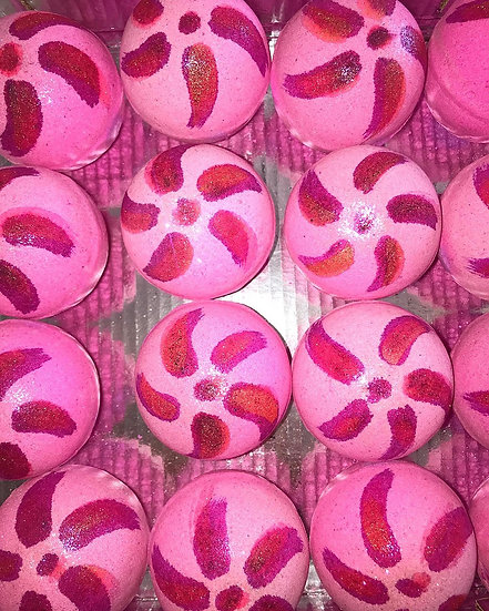 """""""Smells Similar"""" JM Peony Blush Suede Bath Bombs - Pack of 6"""