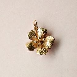 Flower pendant or charm