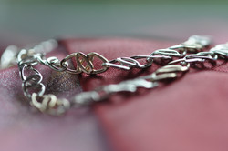 Cari Bitone Chain