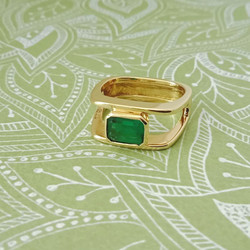 Pre-loved Emerald ring