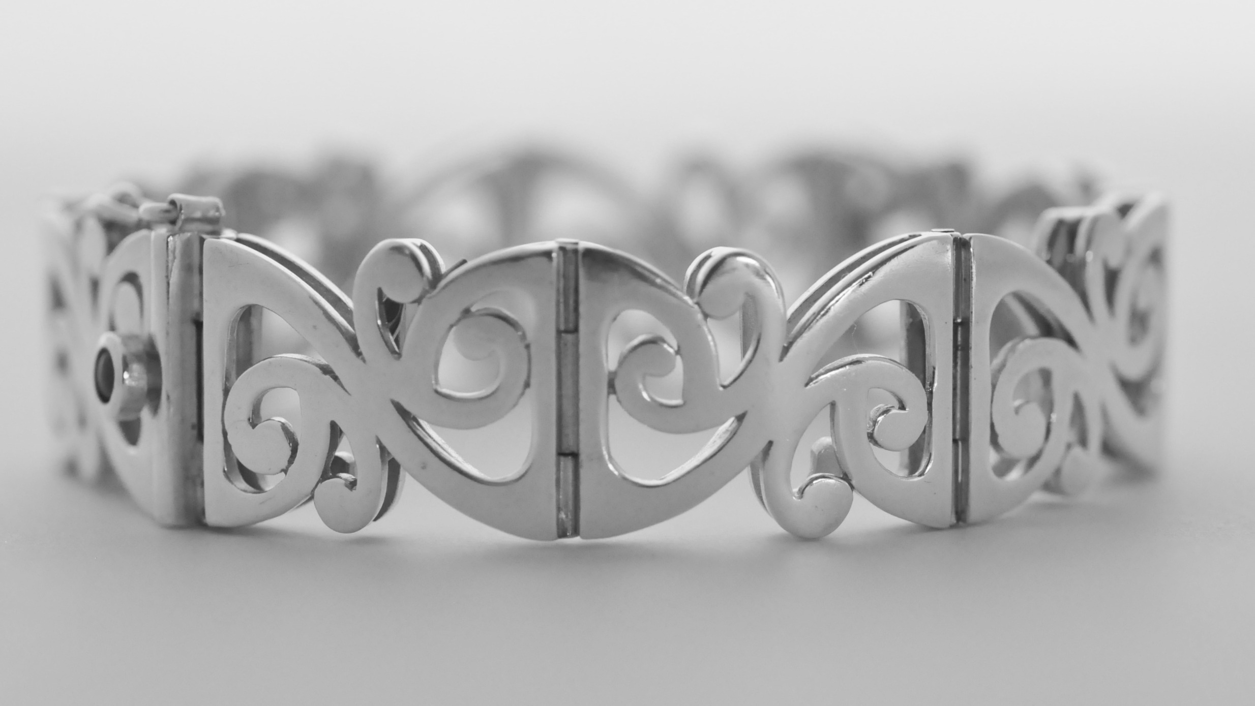 Koru bracelet