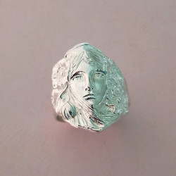 Art nouveau girl ring