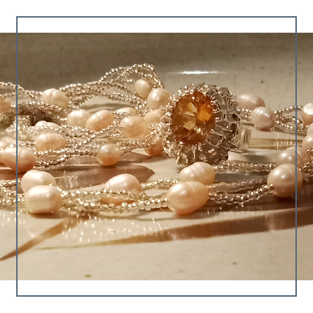 Circlé pearls are lovely to wear at longer lengths.  Circlé cultured pearls have one or more grooved rings that can give the pearl an appealing individuality, although non-circlé cultured pearls are generally more valuable.