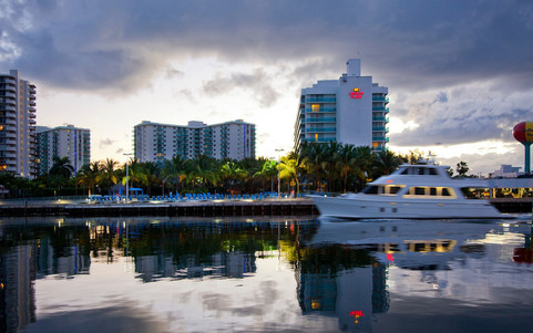 DoubleTree Resort by Hilton   Hollywood Beach