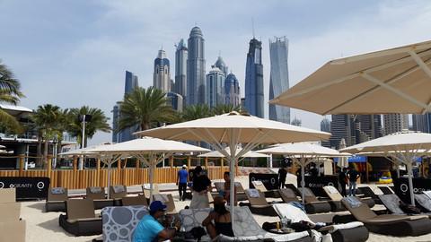 Dubai | Zero Gravity | Emiratos Arabes