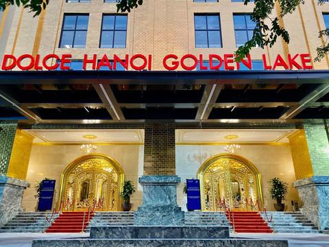 El primer hotel recubierto de oro 24 kilates en Vietnam