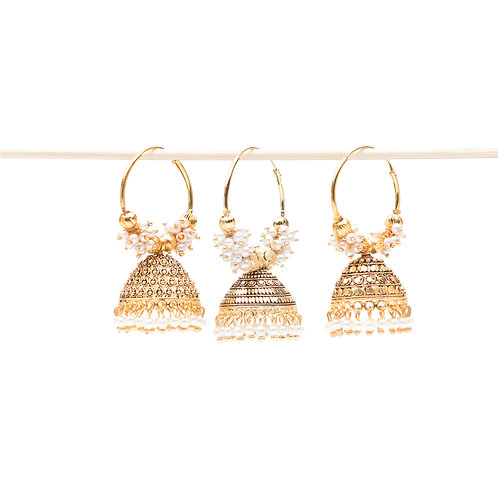 Campanella Bianca - Indian Pendant Earrings - Gold and White