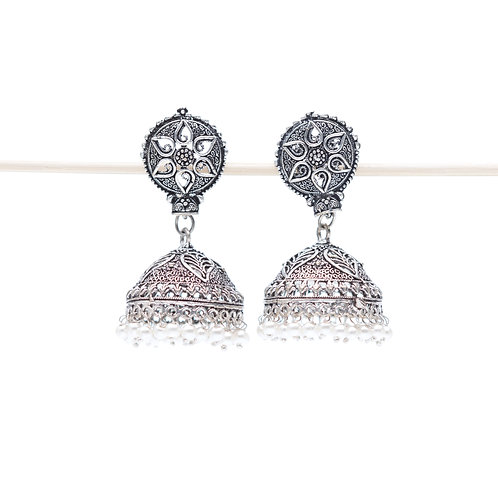 Argento - Indian Pendant Earrings - Silver and White