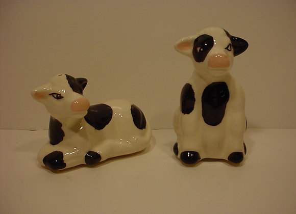 Cow-Shaped Salt and Pepper Shakers