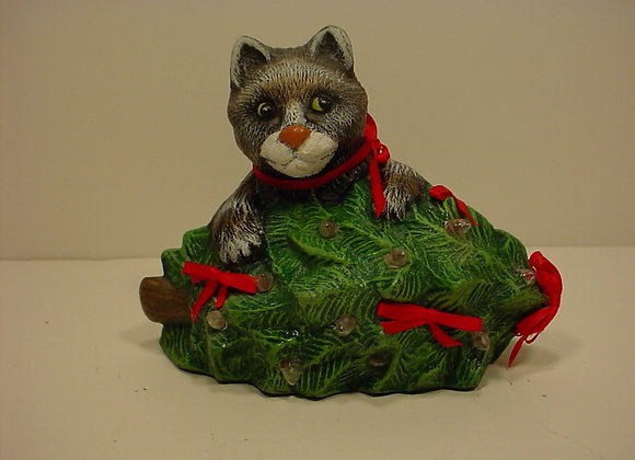 Alley Cat with Christmas Tree