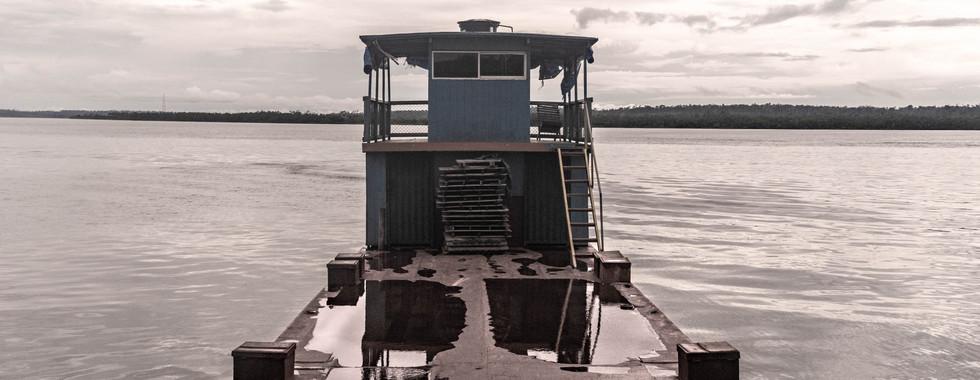 Balsa no Rio Xingu