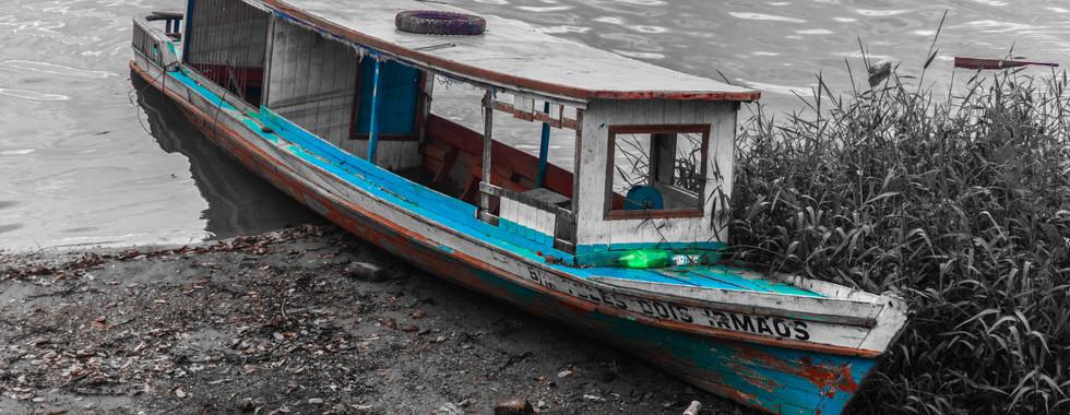 Barco no Rio Xingu
