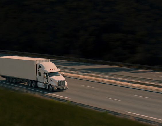 TRUCKING SONGS – 11 BEST TUNES FOR THE OPEN ROAD