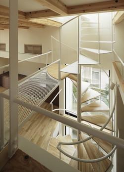 0901620018_藤沢の住宅_階段室・ロフト.jpg