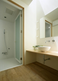 0701770020_SOUTHSIDE BLDG_2階_洗面室・浴室.jpg