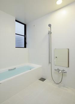 0901620026_藤沢の住宅_1階_浴室.jpg