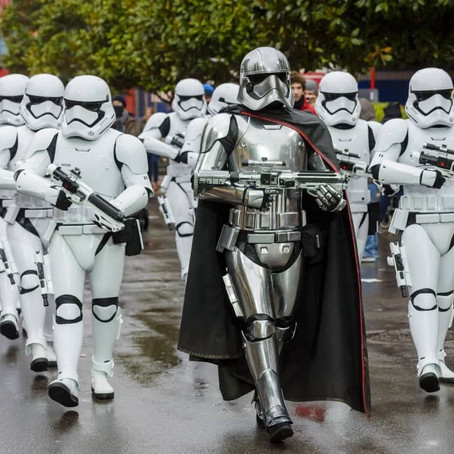 Celebrate STAR WARS WORLD DAY 2018 at Disneyland Paris!