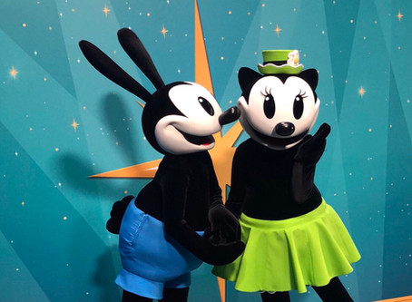 Disneyland Paris Inaugural FANDAZE – Character Madness Exclusive package review