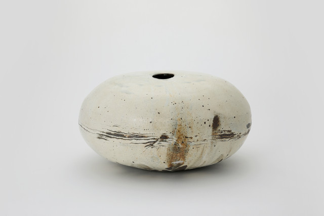 Lee Kang-hyo Buncheong Jar I,2017,  Clay, Buncheong 37 × 41 × 21 cm