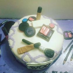 Make up cake I did