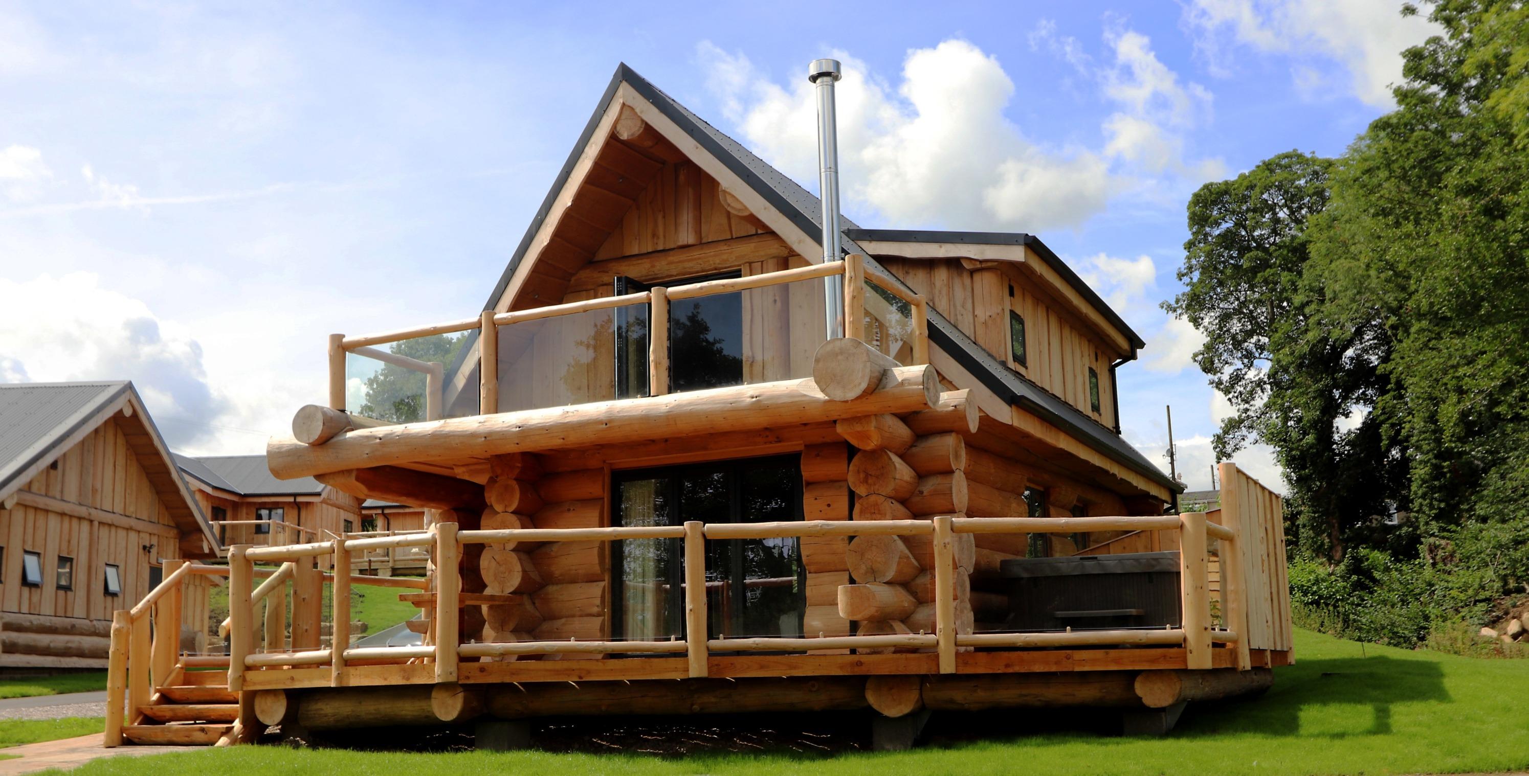 Round Log Cabin UK