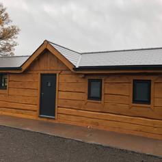 Dovetail 2 bedroom log cabin.jpg