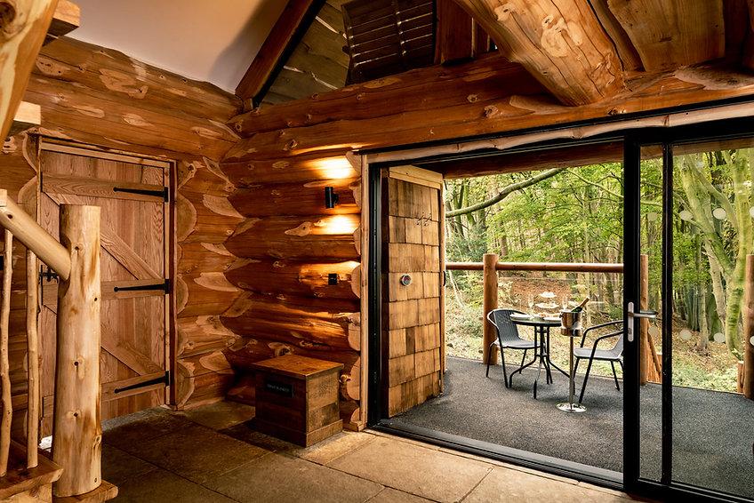 Swinney Wood Log Cabin - Log-work by Bri