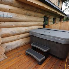 Log Cabin Hot tub.jpg