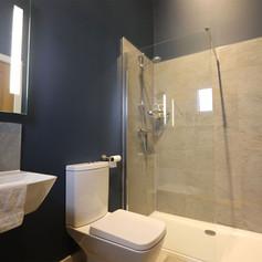 Log Cabin tiled bathroom blue.jpg