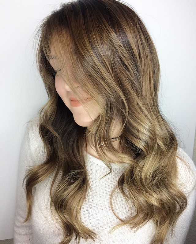 B A L A Y A G E ✨Styled with _oribe #oribe #luxurybrandpartners #lbp #two22salon #blondebrown #balay