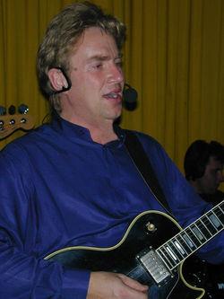 Eddie 2004