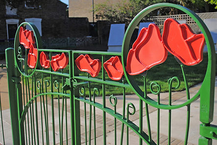 Faversham poppy gates by Joel Tarr artist blacksmith