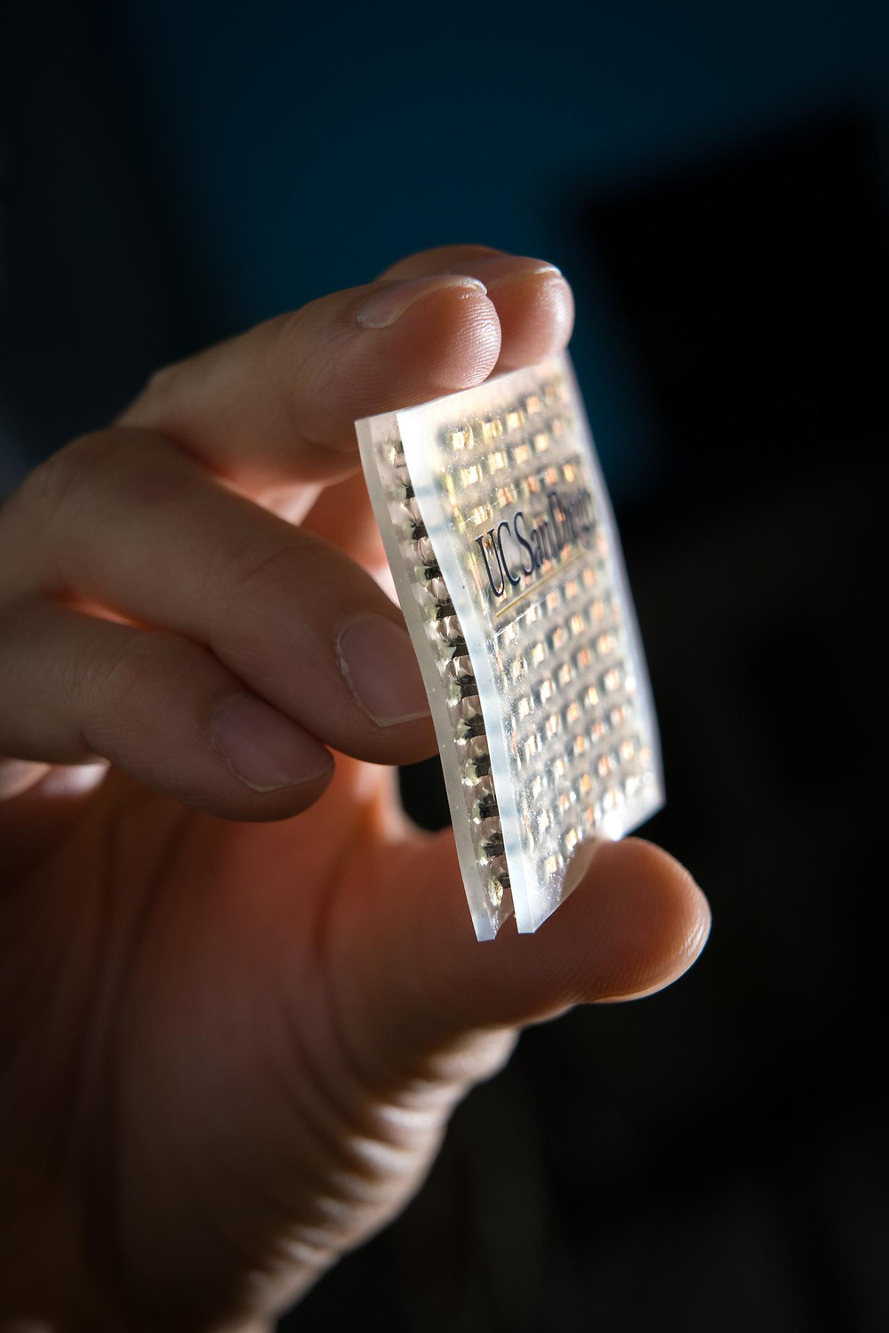 Flexible, stretchable cooling and heating patch.  @ David Baillot/UC San Diego Jacobs School of Engineering
