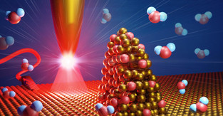 Water splitting observed on the nanometer scale