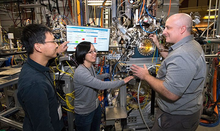 Brookhaven Lab scientists Mingyuan Ge, Iradwikanari Waluyo, and Adrian Hunt are pictured left to right at the IOS beamline, where they studied the growth pathway of an efficient catalyst for hydrogen fuel cells. @BNL