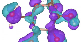 2D sandwich sees molecules with clarity