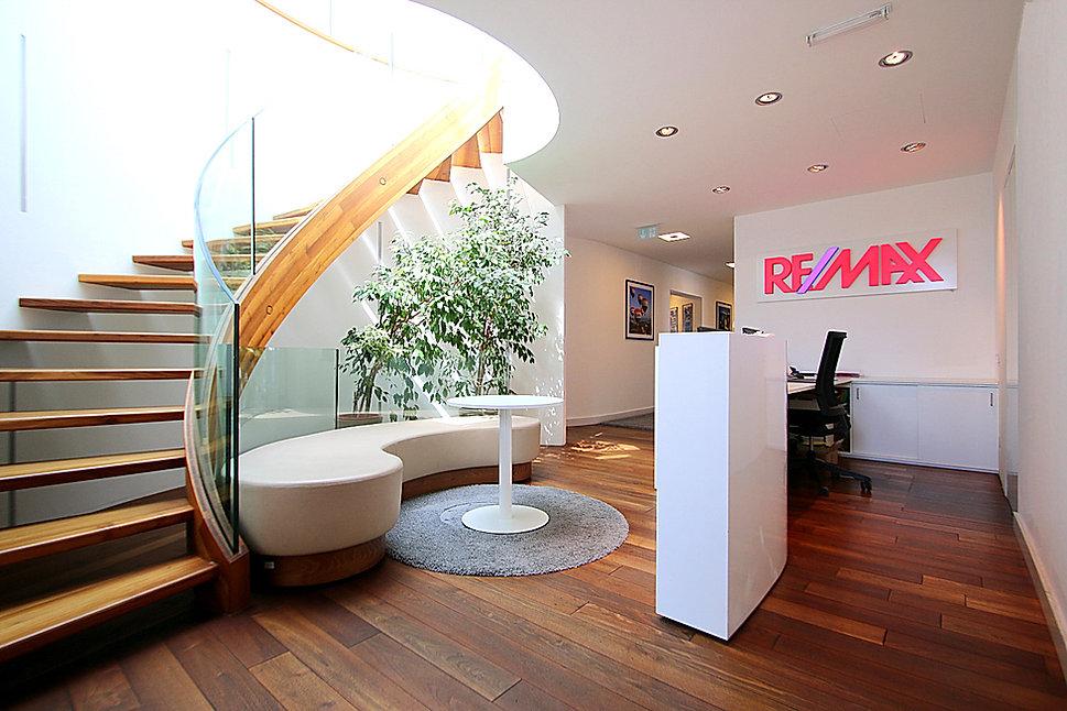 Remax First Büro, 1130 Wien, Lainzer Straße 2
