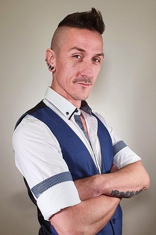 Chris-profile-2.jpg