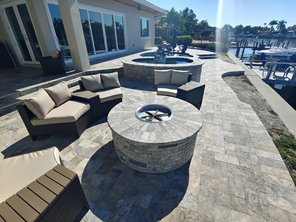 Pool with Fire Pit.jpg