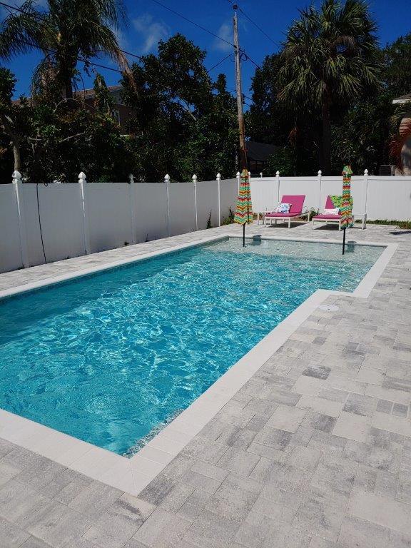 Bermuda Pool with Umbrellas.jpg