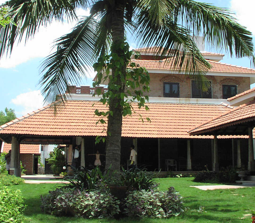 Thanikachalam House