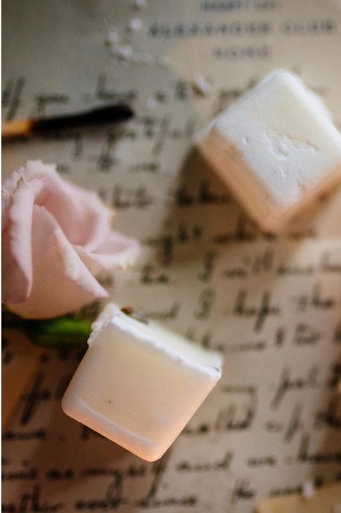 White Petals & Bergamot - Soy wax melt