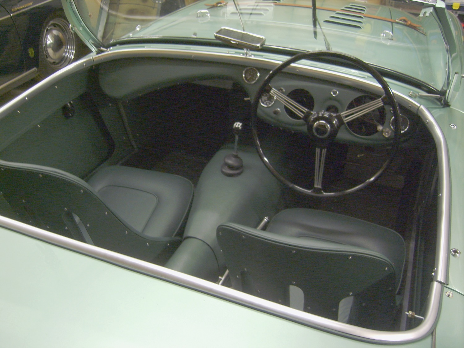 Austin Healey 100/4 full interior