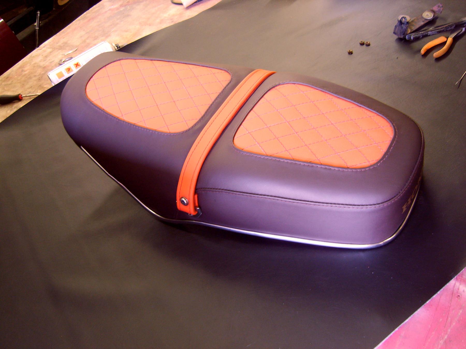 Honda motorbike seat