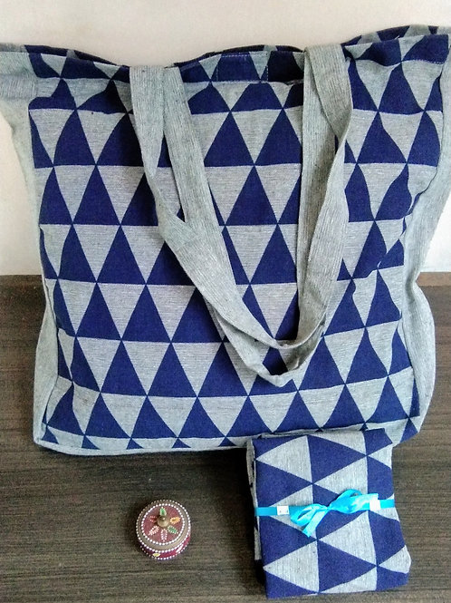 Fabulous Geometric print Tote bags