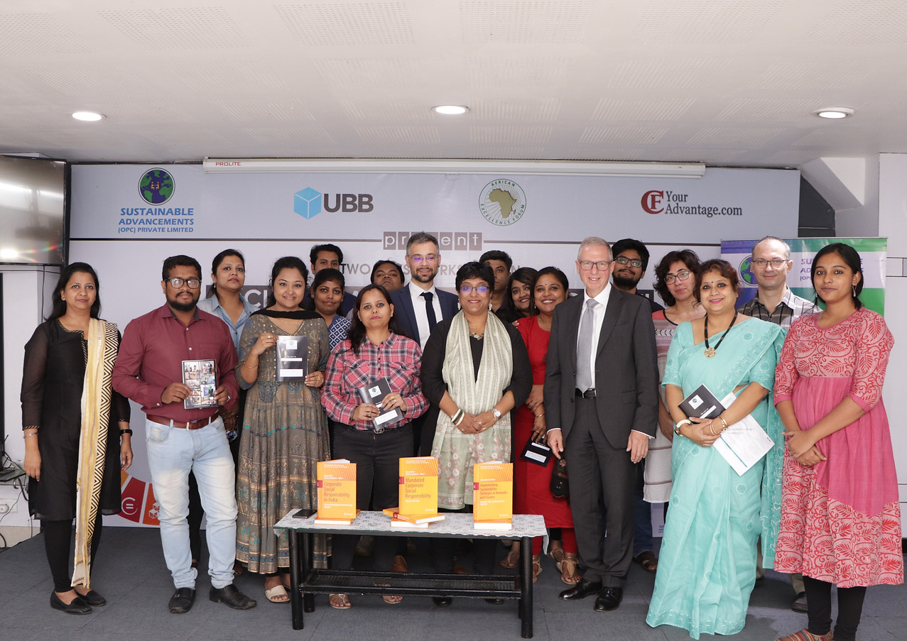 WITH THE PARTICIPANTS (2).JPG