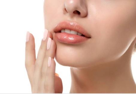 Reglas para el cuidado de los labios: consejos útiles