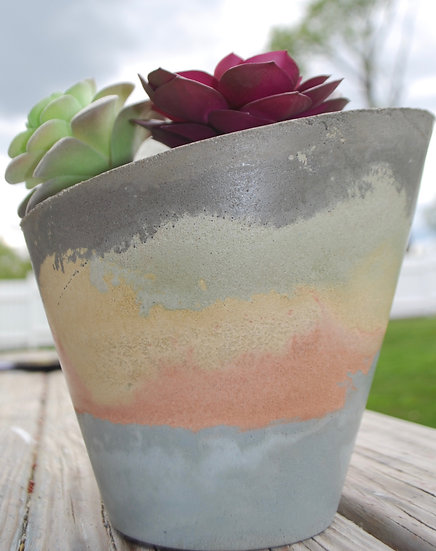 """""""Slanted Sunrise"""" - 1 piece: Large planter/candleholder:"""