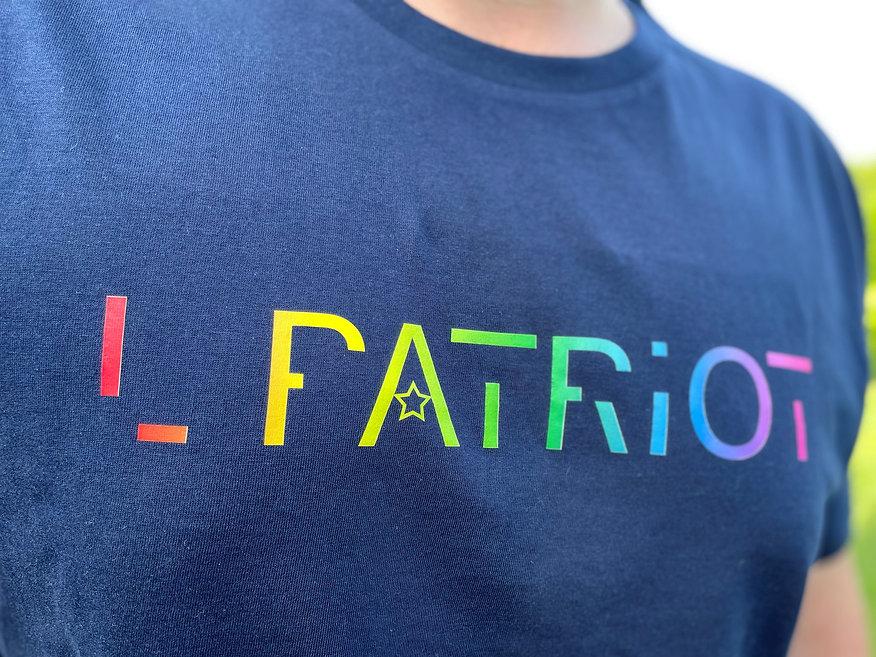 T-Shirt-homme-logo-L-Patriot-multicolore